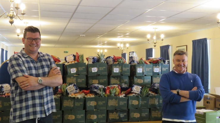 https://www.freemasonrytoday.com/more-news/lodges-chapters-a-individuals/wiltshire-freemasons-deliver-food-boxes-to-vulnerable-members